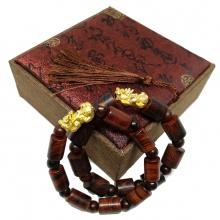 Cặp vòng phong thủy gỗ sưa đỏ đốt trúc mix tỳ hưu size 12ly 10ly