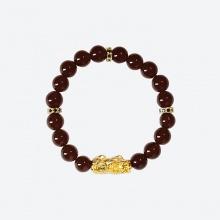 Vòng tay đá Garnet charm tỳ hưu bọc vàng 24k