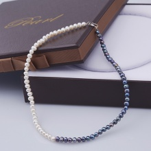 Opal - Vòng cổ ngọc tri 5li phối hai màu trắng - đen_ T01