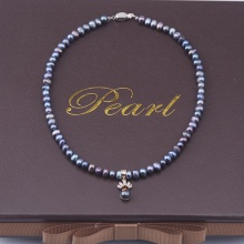 Opal - Vòng cổ ngọc trai đen 6li kèm mặt bạc đính ngọc trai đen_ T01