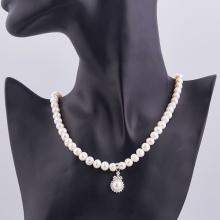 Opal - Vòng cổ ngọc trai trắng đính mặt bạc ngọc trai_T01