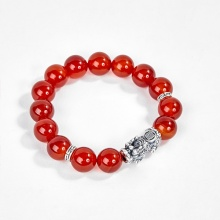 Vòng tay đá mã não đỏ phối charm tỳ hưu bạc Ngọc Quý Gemstones