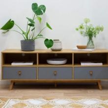 Tủ tivi Blake gỗ tự nhiên màu ghi - Cozino