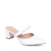 Giày nữ, giày mules Erosska cao gót 5cm thời trang phối quai nơ EH026 (màu trắng)