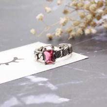 Nhẫn Hàn Quốc black crystal - Tatiana - NB2277 (Đỏ)