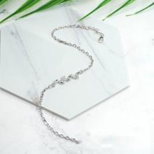 Vòng tay chiếc lá đính đá - Tatiana - VB2280 (bạc)