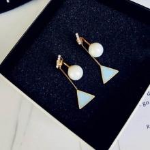 Bông tai pearl drop triangle Korean - Tatiana - BH2371 (xanh dương)