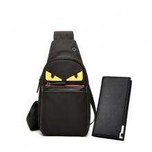 Combo túi đeo chéo halloween thời trang và ví dài nam thanh lịch Praza - DC106V02