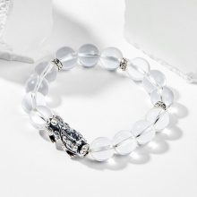 Vòng tay đá thạch anh trắng phối charm tỳ hưu 10mm mệnh thủy, kim - Ngọc Quý Gemstones
