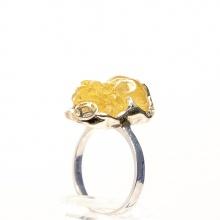Nhẫn bạc cao cấp đính tỳ hưu thạch anh tóc vàng R-GRQT01 Vietgemstones