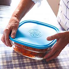 Hộp thực phẩm thủy tinh cường lực Pháp Duralex Freshbox Nắp Xanh Blue 2000ml