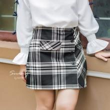 Chân váy caro lót quần VN190025