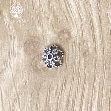 Charm bạc chụp hạt họa tiết hoa văn 8mm
