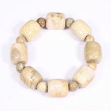 Vòng tay lu thống đá san hô hóa thạch màu vàng nhạt 18x17mm mệnh thủy, kim - Ngọc Quý Gemstones