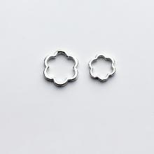 Charm bạc hình hoa 6 cánh lồng hạt xỏ ngang 10mm - Ngọc Quý Gemstones