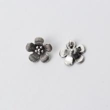 Charm bạc hình hoa năm cánh mặt treo 1