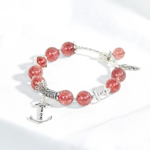 Vòng thạch anh ưu linh dâu đỏ phối charm mỏ neo Ngọc Quý Gemstones