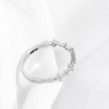 Nhẫn vàng trắng DOJI cao cấp 14K 0819R-LAL392
