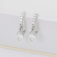Hoa tai Lovely Marquise J'admire bạc Ý 925 cao cấp mạ Platinum đính đá Swarovski® trắng