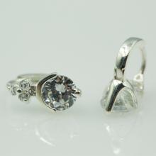 Hoa tai bạc đính đá - Opal - E13
