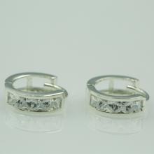 Hoa tai bạc đính đá - Opal - E10
