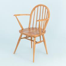 Ghế MOHO Windsor gỗ cao su có tay dựa