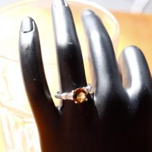 Nhẫn bạc nữ Citrine kiểu dáng 4 mệnh thổ, kim - Ngọc Quý Gemstones