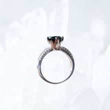Nhẫn bạc nữ đá Sapphire kiểu dáng 3 mệnh thủy, mộc - Ngọc Quý Gemstones