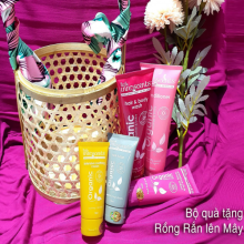 Set quà tặng rồng rắn lên mây( Organic Intensive Soothing Cream, Hair Fudge, Moisture Rich Body Lotion, Cherry Coconut Hair and Body Wash,Conditioner)