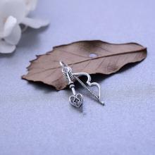 Charm bạc khóa phím mũi tên treo - Ngọc Quý Gemstones