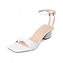 Giày sandal cao gót Erosska mũi vuông phối dây mảnh quai ngang cao 3cm EB032 (WH)