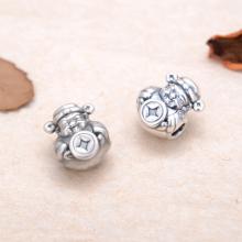 Charm bạc thần tài xỏ ngang - Ngọc Quý Gemstones