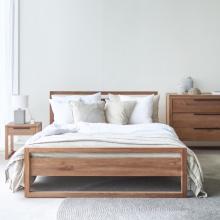 Giường đôi Frame gỗ sồi 1m8