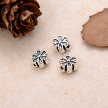 Charm bạc hoa mai 6 cánh xỏ ngang - Ngọc Quý Gemstones