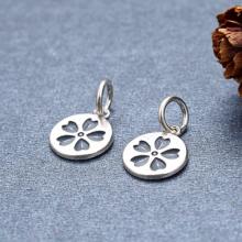 Charm treo họa tiết hoa - Ngọc Quý Gemstones