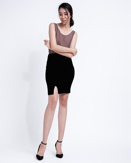 Váy bút chì xẻ trước SKI013 (đen noir)