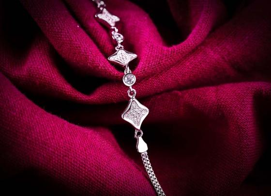 Lắc tay bạc Tiffany Love - Eropi Jewelry