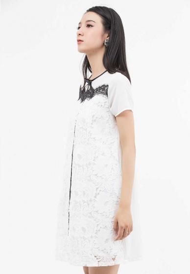 Đầm suông Amun tay ngắn màu trắng phối ren DMI105