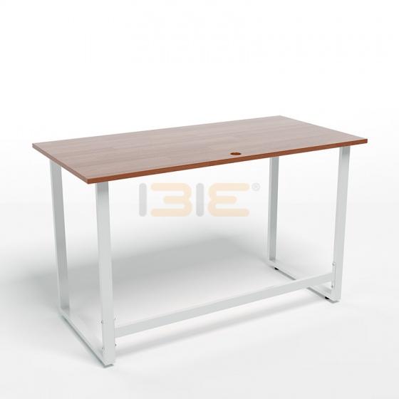 Bộ bàn Rec-F trắng màu cánh gián gỗ cao su và ghế Eames chân gỗ đen