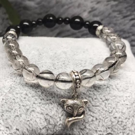 Vòng đá thạch anh tóc đen mix obsidian + charm bạc