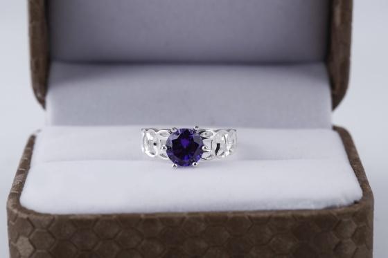 Opal- Nhẫn bạc đính đá ross _T05