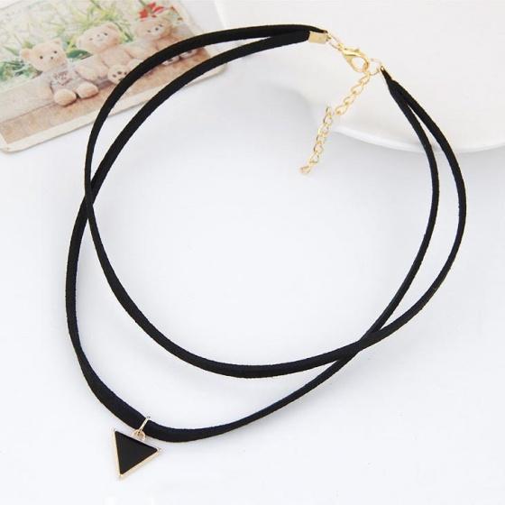 Vòng cổ choker tam giác -  Tatiana - CD2524 (đen)