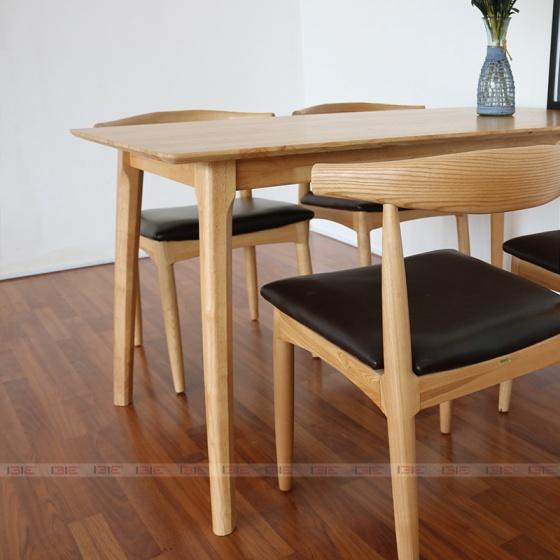 Bộ bàn ăn 4 ghế IBIE Bull màu tự nhiên