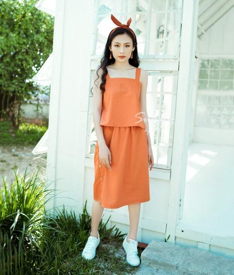 Set áo chân váy cài nút Kimi - SV180002