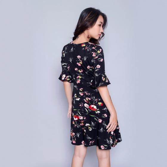 Đầm suông thời trang Eden D301 (đen)