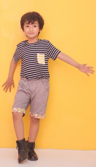Quần shorts bé trai Ugether lai phối hoa UKID192