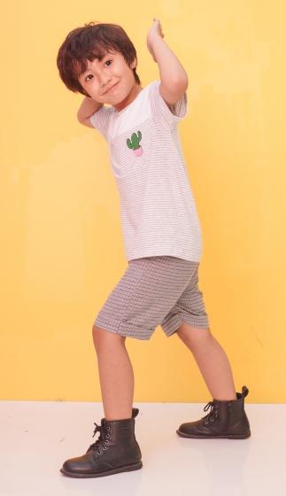 Quần shorts bé trai Ugether sọc caro nhí UKID197