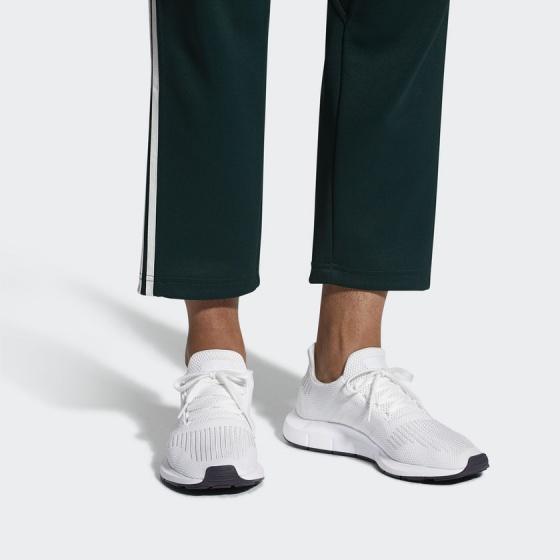 Giày thể thao chính hãng Adidas Swift Run (CG4112)