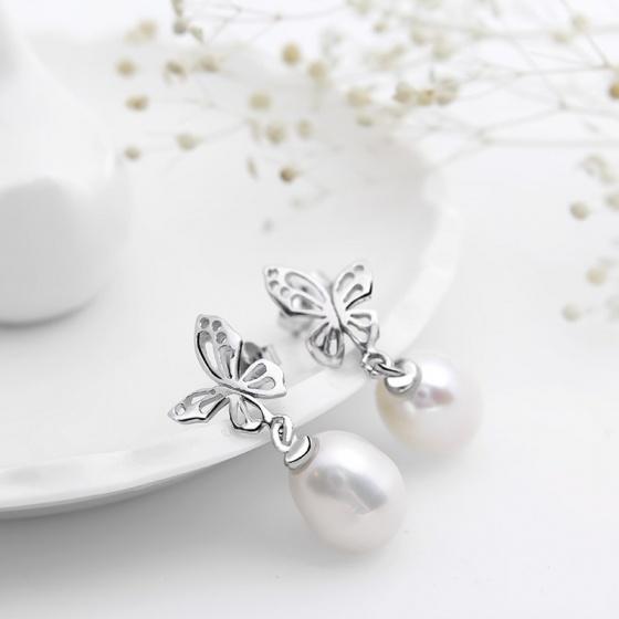 Bông tai bạc Cute Butterfly Pearl