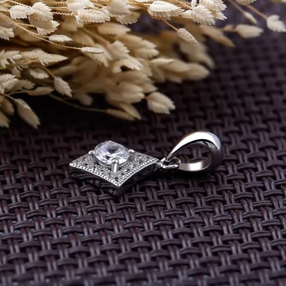 Mặt dây chuyền bạc Square Love